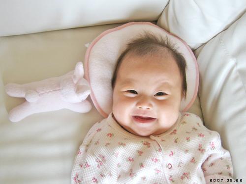 爱笑的小美女 黑风妈